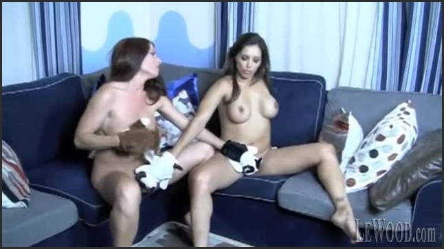 [LQ Quality ] fun-time-with-francesca-scene-02 - Francesca Le - lewood | Lesbian, Pornstar - 52,1 MB