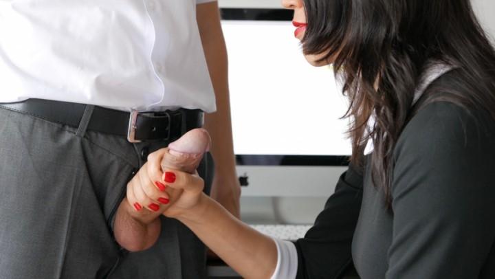 [4K Ultra HD] veronika charm secretary handles cock with skill - Veronika Charm - ManyVids | 4k, Handjobs - 1,9 GB