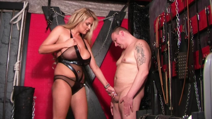 [HD] beefybanger huge boobed katie and slave view 1 - BeefyBanger - ManyVids | Cfnm, Domination - 47...