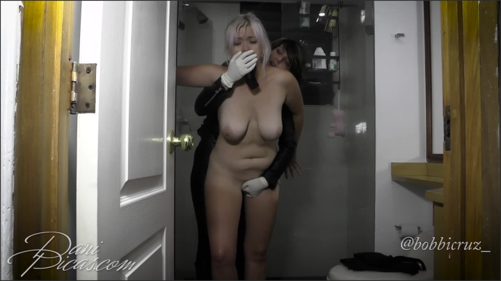 [Full HD] lesdom in latex gloves home invasion dani picas - DirtyDaniPicas, - manyvids | Size 341,1 ...