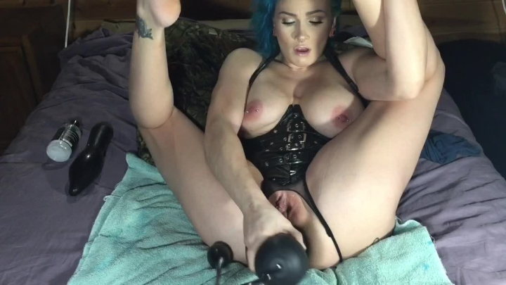 [HD] lilyskye huge anal insertions and punch fisting - LilySkye - ManyVids | Huge Dildo, Squirting, ...