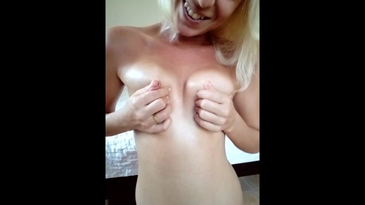 [HD Porn] missanja oily perky tits and nipple playing - MissAnja - ManyVids Porn | Nipple Play, Smal...