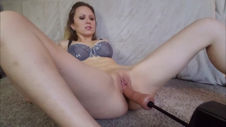 [4K Ultra HD] stephanie sin fuckmachines make me squirt - stephanie sin - ManyVids Porn   Blonde, Fe...
