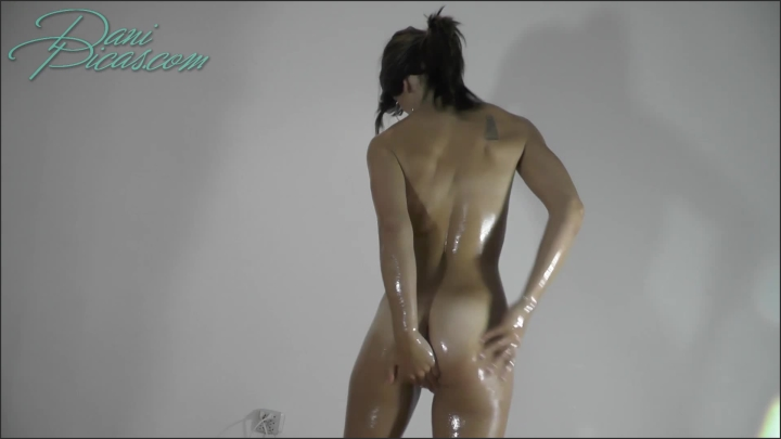 [Full HD] submissive slut oil and hitachi play dani picas - DirtyDaniPicas, - manyvids | Size 489,2 ...