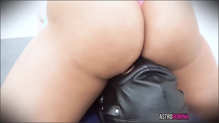 [Full HD] Facesitting Bondage - AstroDomina - ManyVids   Size 130,9 MB