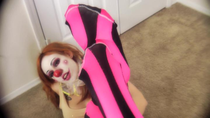 [Full HD Porn] kitzi klown neat clown feet - Kitzi Klown - ManyVids Porn | Foot Worship, Clowns, Foo...