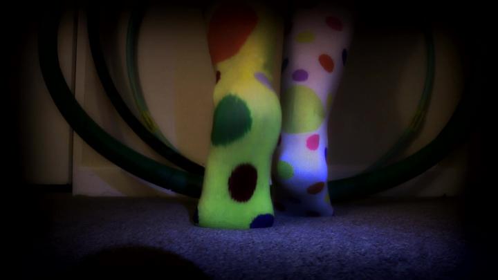 [Full HD Porn] kitzi klown spotlight socks tease - Kitzi Klown - ManyVids Porn | Foot Fetish, Clowns...