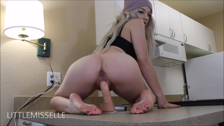 [Full HD Porn] littlemisselle bootylicious riding with ass cumshot - LittleMissElle - ManyVids Porn ...