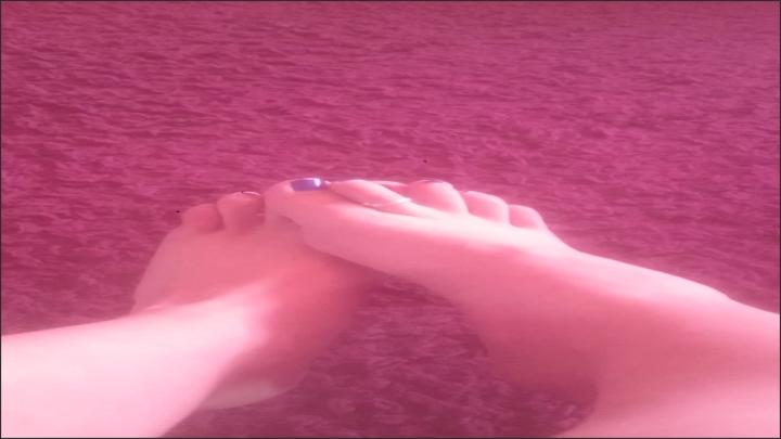 [Full HD] curvycandice bare feet fetish - CurvyCandice - ManyVids | Size - 1 GB