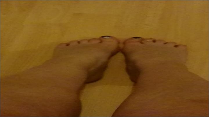 [Full HD] curvycandice barefoot fetish - CurvyCandice - ManyVids | Size - 652,6 MB