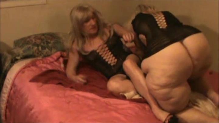 "[SD Video] ""hotlynn"" hotlynn fisting and shaking / (ManyVids)   Bbw, Ass Shaking, Fisting - 331,7 MB"