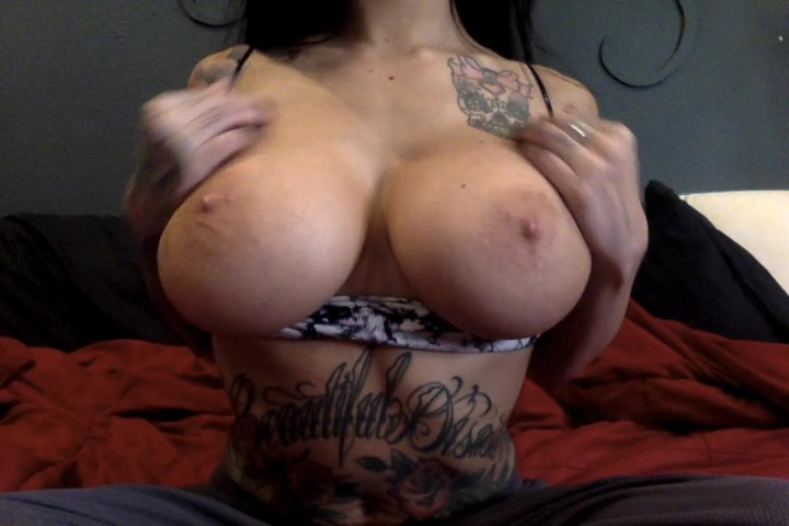 [HD Porn] lilylanexxx big boob worship with joi - LilyLanexxx - ManyVids Porn | Boob Bouncing, Joi, ...