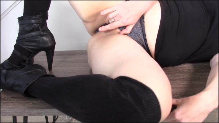 [Full HD Porn] mollysilver heels and lace seduction - MollySilver - ManyVids Porn | Size - 258,7 MB