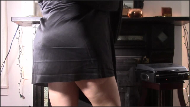 [HD] mollysilver mother superior gets spanked and fucked - MollySilver - ManyVids | Size - 375,9 MB