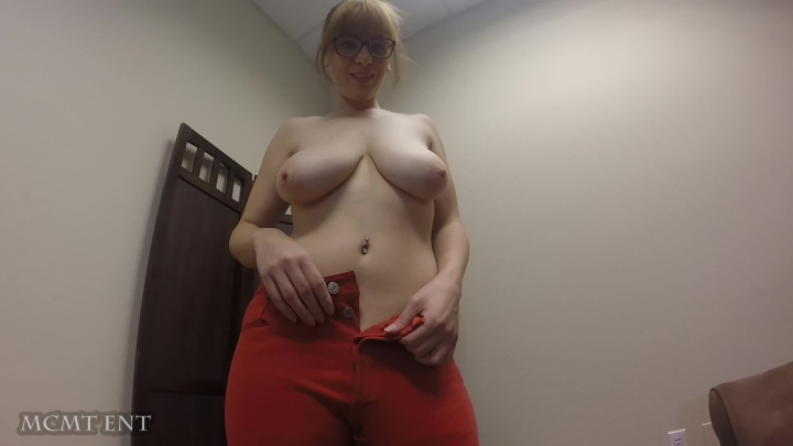 "[Full HD Video] ""McModels Talent"" mcmodels talent red jeans and bush / (ManyVids) 