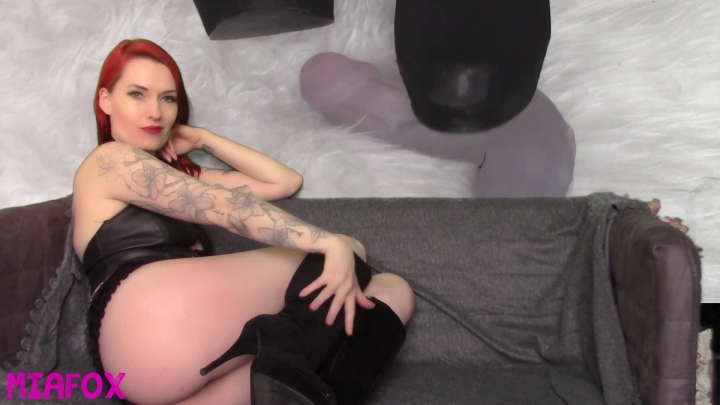 """[Full HD Video] """"Mia Fox"""" mia fox stamping on your cock / (ManyVids)   Ball Stomping, Ball Busting, Boot Domination, Cbt - 797,9 MB"""