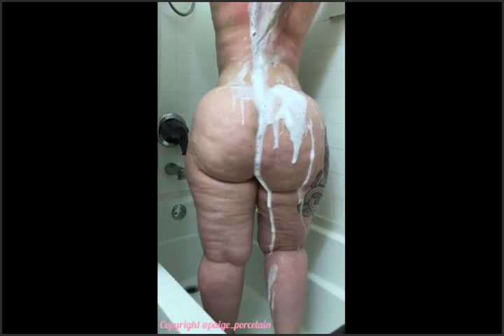 [SD] voyeur pov watching pawg paige in shower - Mix - manyvids | Size 17.08.2018 - 4,1 MB