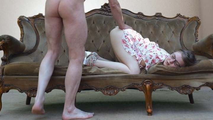 [Full HD] ffezine daddy taboo doggy style cream pie - FFeZine - ManyVids | Daddy Roleplay, Age Play, Barely Legal - 335,2 MB
