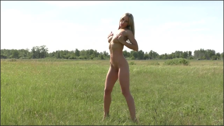 [HD] miss elen naked in nature - Elen Hot - Amateur | Size - 53,3 MB