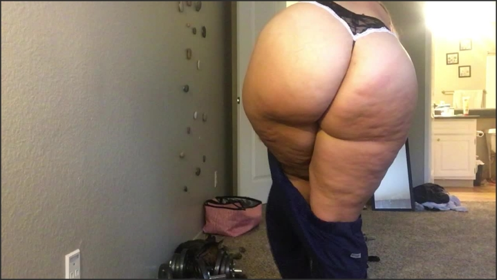 [HD] princesspawg squeezing into my tight pants - Princesspawg - ManyVids | Ass, Jeans Fetish - 128 MB