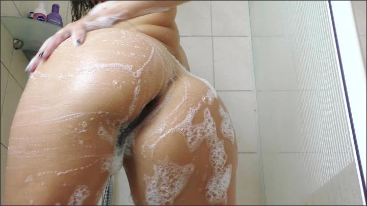 Suraya Stars Shower Masturbation