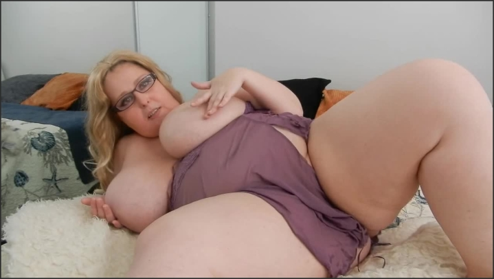 [HD] desiree wild bbw watch your cock young man role play - Desiree Wild - ManyVids | Role Play, Masturbation - 240,4 MB