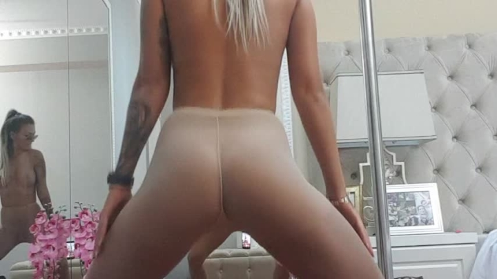 1 $ Tariff [SD] aliciarey twerk pantyhose - AliciaRey - ManyVids | Dancing, Big Boobs - 637 MB