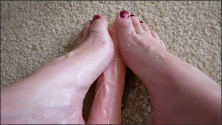 [HD] amber fun 4k ultra oiled foot fetish - amber fun - Size 217,2 MB