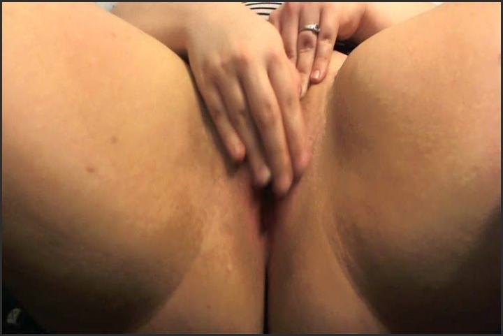 [SD] bluewut dice stuffing - Bluewut - ManyVids   Bbw, Webcam - 106,3 MB