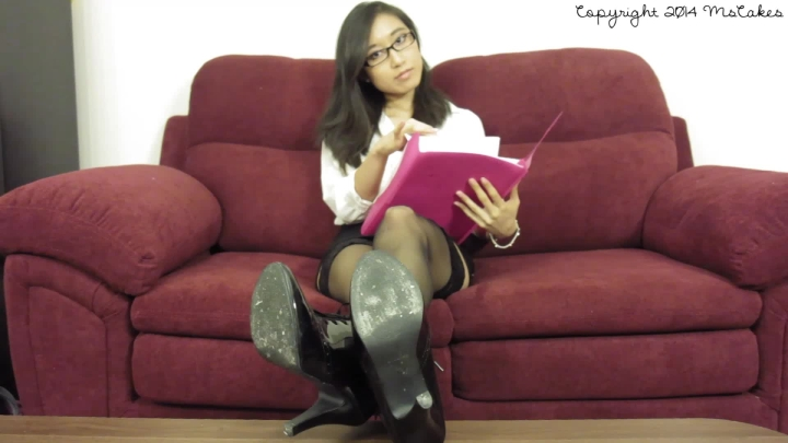 [Full HD] mscakes boss becomes my foot slave - MsCakes - Amateur | Foot Worship, Asian, Blackmail Fantasy - 197,3 MB