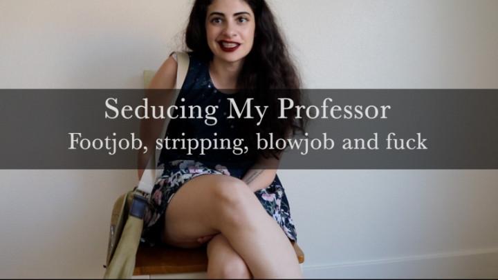 1 $ Tariff [Full HD] norahsolano footjob amp cumming for professor - NorahSolano - ManyVids | School Girl, Foot Fetish - 489,6 MB