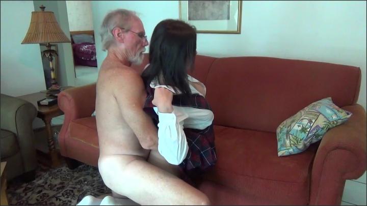 [Full HD] a taboo fantasy alone with daddy - A Taboo Fantasy - Amateur   Fucking, Spanking, Blowjob - 658,7 MB