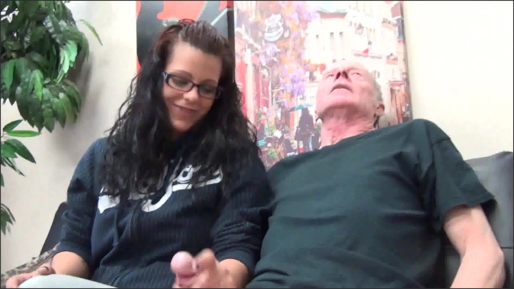 [Full HD] a taboo fantasy daddy can i have the car keys - A Taboo Fantasy - Amateur | Handjobs, Older Man / Younger Women, Cumshots - 551,8 MB