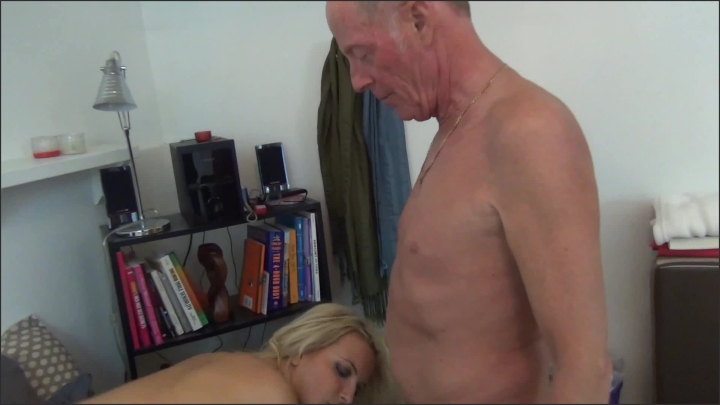 [Full HD] a taboo fantasy squirting for daddy - A Taboo Fantasy - Amateur | Pussy Eating, Fucking, Squirting - 819,1 MB