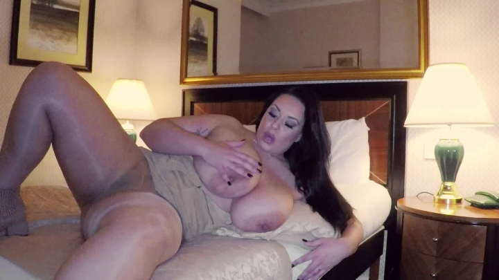 [Full HD] anastasia lux country girl plays with herself - Anastasia Lux - Amateur   Bbw, Spitting - 908,6 MB