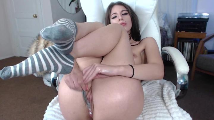 [HD] audrey oiled up creamy njoy cum - Audrey - Amateur | Orgasms, Creamy, Oil - 272,6 MB
