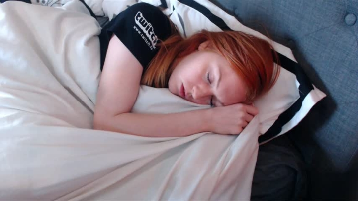 [HD] gingersouls quickie morning fap - GingerSouls - Amateur   Solo Female, Redhead - 172,6 MB