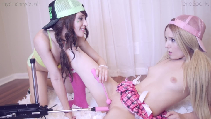 [Full HD] lenaspanks first time fuck machine with cherry - LenaSpanks - Amateur | Rimming, Lesbians, Girl Girl - 540,3 MB