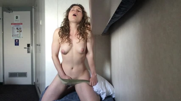 1 $ Tariff [HD] littletabby frisky on the ferry - LittleTabby - Amateur   Erotica, Solo Female, Solo Masturbation - 632,3 MB
