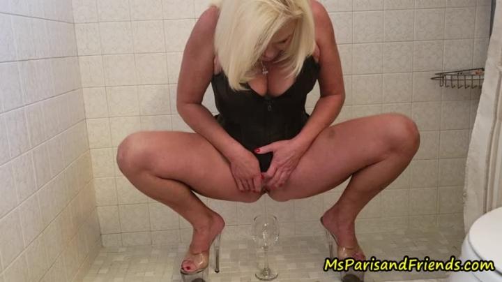 [Full HD] msparisrose ms paris pees in everything she finds - MsParisRose - Amateur | Pee, Pov - 1,1 GB