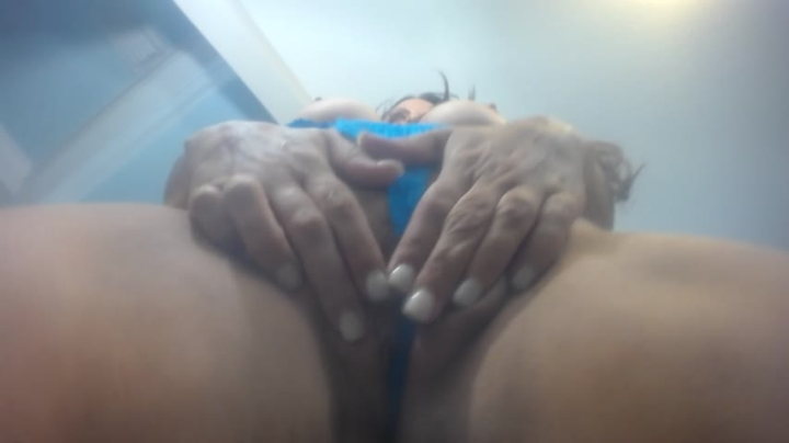 [Full HD] curvymodelmilf dr i nk my sq u irt - curvymodelmilf - Amateur | Squirting, Big Boobs, Dirty Talking - 115,3 MB