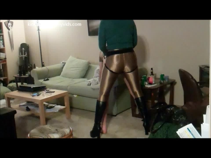 [HD] kinkdevice the apartment raider returns - KinkDevice - Amateur | Pegging, Female Domination - 254,2 MB