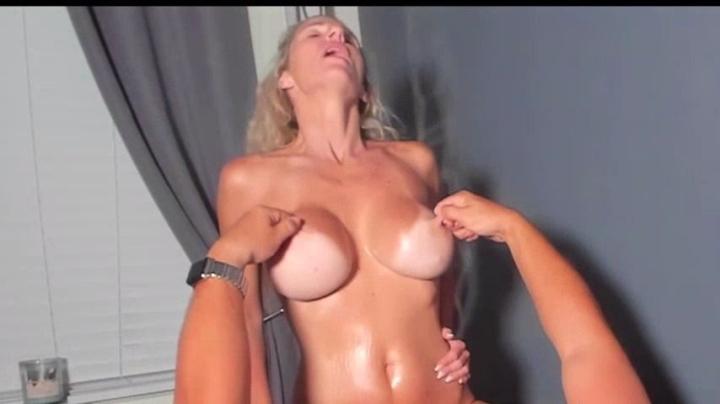 1 $ Tariff [Full HD] miakinkdd nurse therapy - MiaKinkDD - Amateur   Blonde, Huge Boobs - 1,2 GB