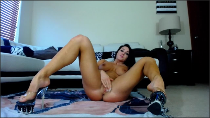 [HD] missluscious sexy tease and cum Size - 757,8 MB