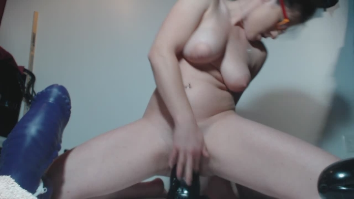 [HD] queenofstretch hour of cunt destruction part 1 - QueenOfStretch - Amateur | Pussy Stretching, Fisting - 750,1 MB