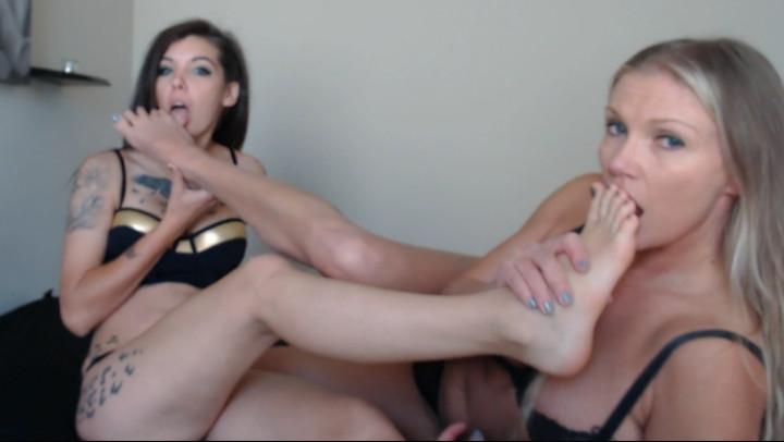 [Full HD] stella von savage girl girl feet party toe sucking fun - Stella Von Savage - Amateur | Feet, Toe Sucking - 1,5 GB