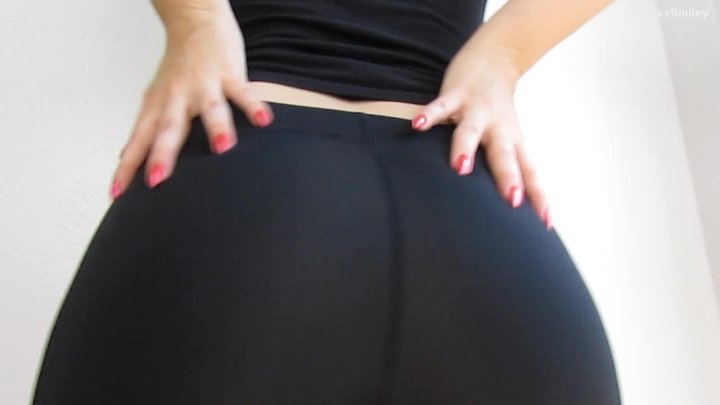 [HD] xxsmiley bubble butt and camel toe in spandex - xxSmiley - Amateur | Spandex, Big Butts - 527,6 MB