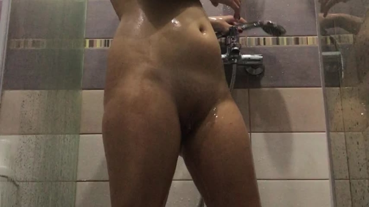 [Full HD] xxvaleryxx sexy hot showering - xxvaleryxx - Amateur | Shower Scenes, All Natural - 1,3 GB
