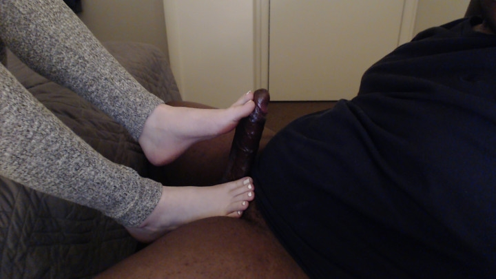 [Full HD] junglefever69x goddess gets bbc cum on her feet - JungleFever69X - Amateur | Long Toes, Footjobs - 166,1 MB