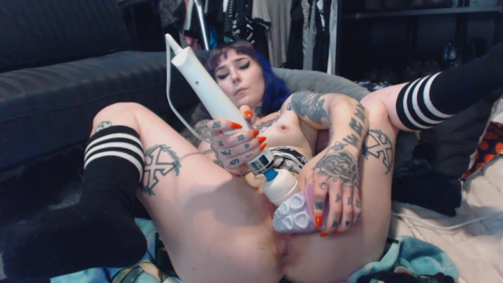 [Full HD] slutty spice hard cum with bad dragon tentacle - Slutty Spice - Amateur | Gothic, Tattoos - 523 MB